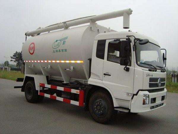 上海客户在我厂定购的东风8吨散装饲料运输车