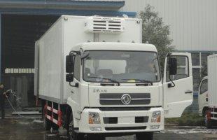 东风天锦7.5米冷藏车