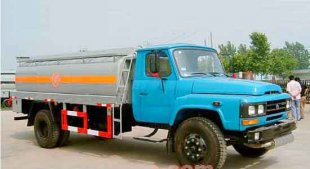 东风尖头油罐车(10-12立方)