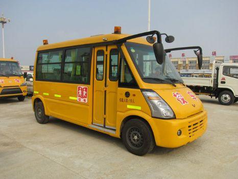 五菱幼儿专用校车图片