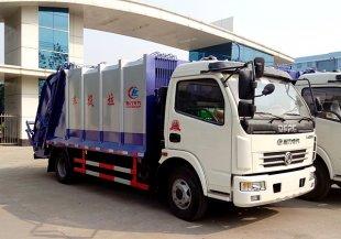 东风多利卡压缩式垃圾车(国五)