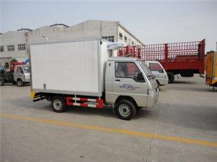 小型汽油冷藏车首选:福田驭菱冷藏车