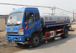解放J5洒水车(12吨)