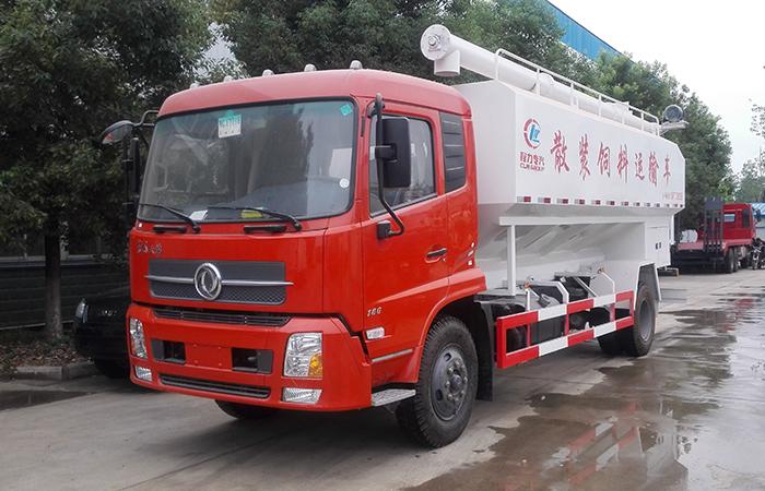 东风天锦10吨国四散装饲料运输车