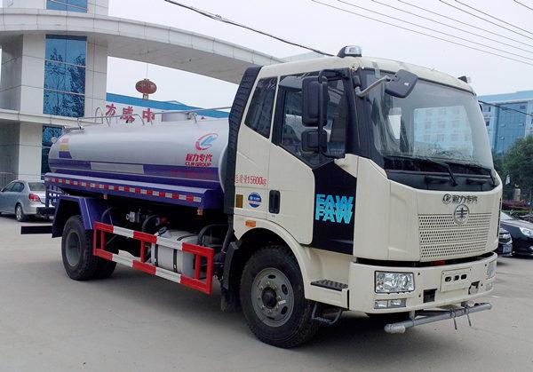 解放J6洒水车(8吨)