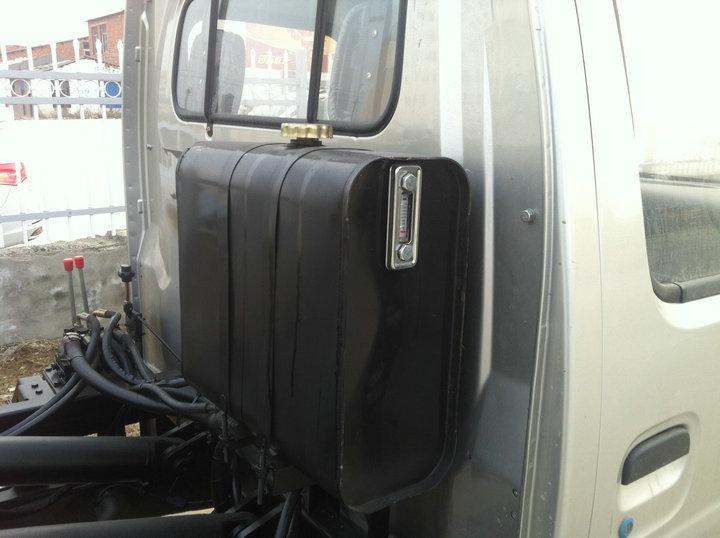 长安拉臂式垃圾车双腔液压油箱
