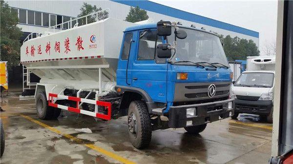 东风152散装饲料运输车