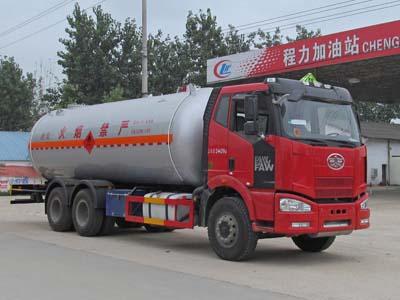 解放后八轮液化气体运输车(24立方),液化气体运输车