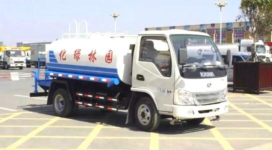 凯马5吨洒水车(国四)