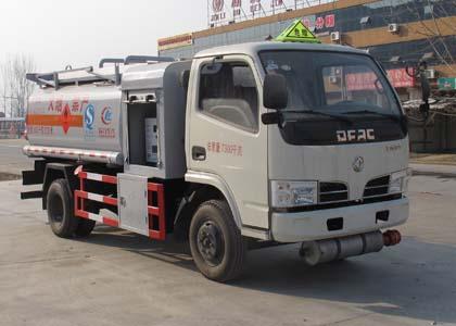 东风劲卡加油车(国四5吨)