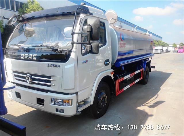 国五东风多利卡9.2吨洒水车