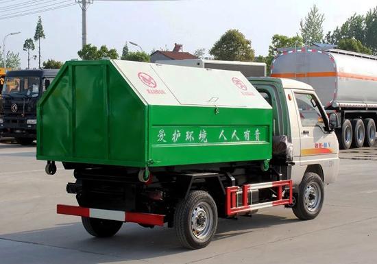 凯马勾臂式垃圾车参数配置及厂家价格介绍图片