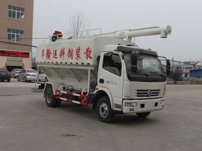 国五东风多利卡饲料运输车