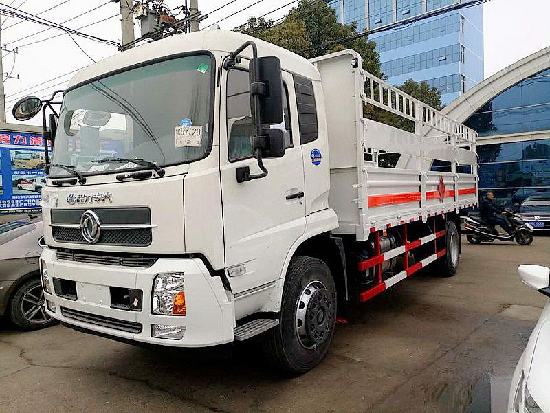 东风天锦气瓶运输车(6.6米),气瓶运输车