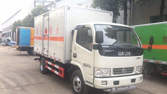 东风易燃气体厢式运输车(4.15米),易燃气体厢式运输车