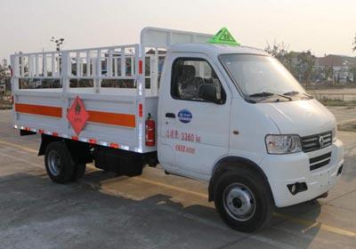 东风俊风气瓶运输车(3.3米)(汽油),气瓶运输车