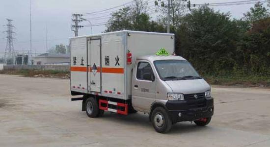 东风俊风杂项危险物品厢式运输车