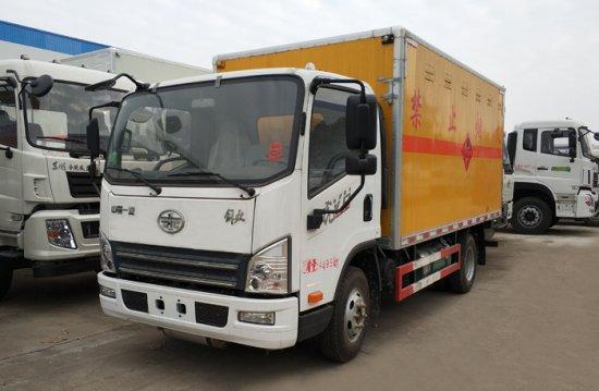 解放虎V易燃气体厢式运输车(4.05米)(蓝牌)