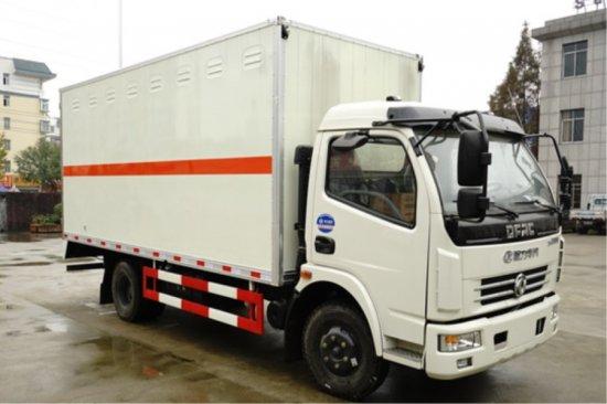 东风多利卡气体厢式运输车(5.15米),易燃气体厢式运输车
