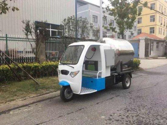 电动三轮吸式餐厨垃圾车
