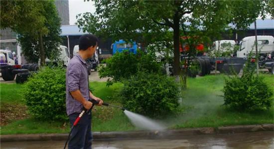 长安人行道养护车手持喷枪