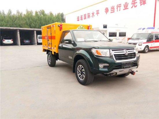 东风日产四驱爆破器材运输车