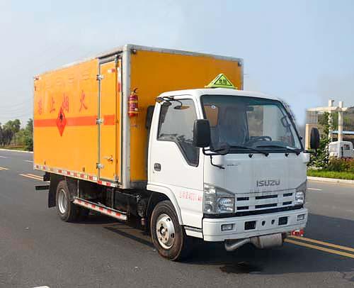 五十铃4.2米易燃气体厢式运输车