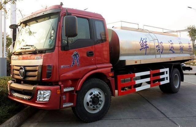 福田欧曼鲜奶运输车(10方)