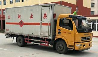 东风多利卡易燃液体厢式运输车(5.15米),易燃液体厢式运输车