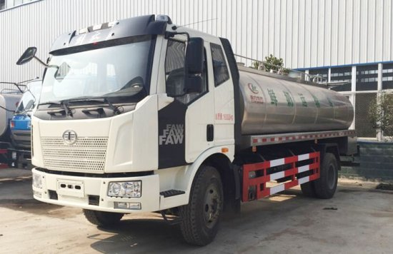 解放J6鲜奶运输车(10方),鲜奶运输车