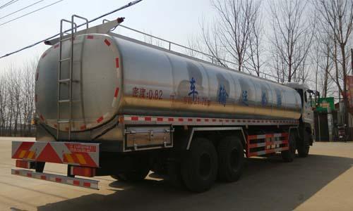 25吨鲜奶运输车图片
