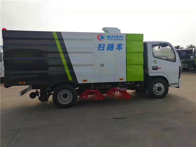 国六东风扫路车图片