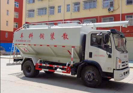 国六东风12方6吨饲料车