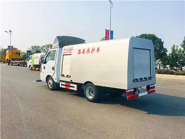 东风途逸国六小型清洗车图片