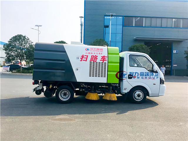 国六东风途逸小型扫路车图片