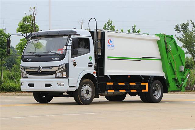 东风凯普特压缩式垃圾车(8方)