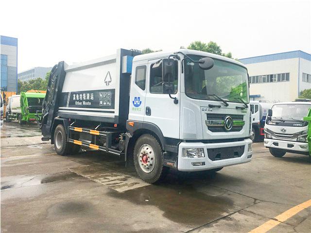 东风多利卡D9压缩式垃圾车(10-12方)