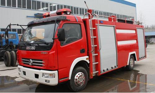 东风多利卡水罐消防车(4T)