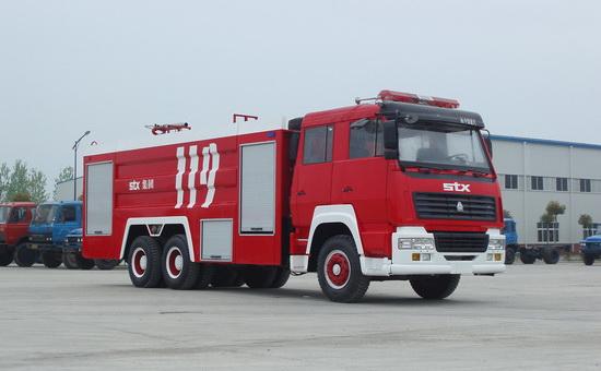 斯太尔单桥水罐泡沫消防车(8吨)